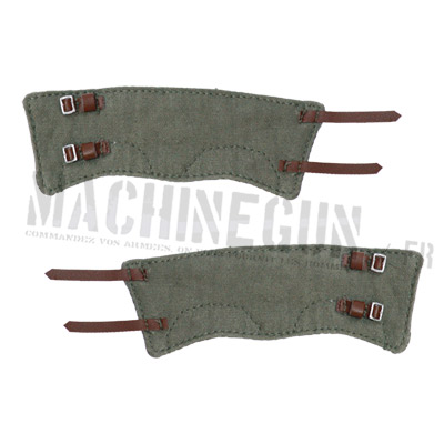 Gaiters with brown leather