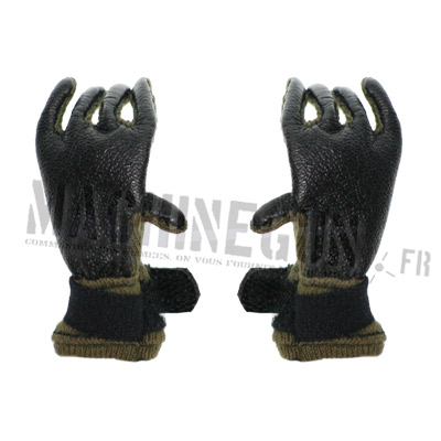Green soft NOMEX gloves