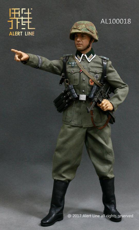 German Grossdeutschland Division (GD) Armband Equipment Set